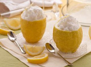 Come preparare il sorbetto al limone e vodka