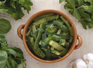 Ricetta: Insalata di zucchine alla menta e basilico