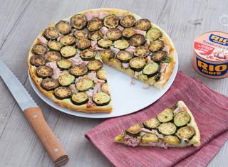 Torta rovesciata di zucchine e tonno
