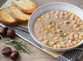 Ricetta: zuppa di ceci e castagne