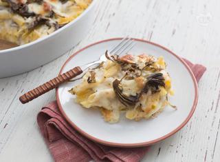 Pasta al forno con carciofi e scamorza