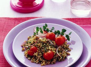 Ricetta: insalata di farro con i pomodorini caramellati