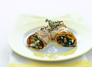 Ricetta: cannelloni con spinaci, noci e speck