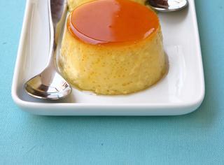 Crème caramel al cardamomo