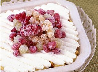 Crema con frutta brinata