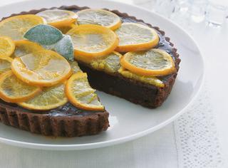 Crostata al cacao con arance amare