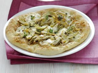 Pizza bianca alla mozzarella e arancia