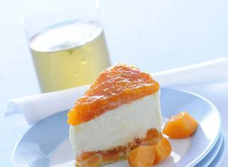 Cheesecake di ricotta e albicocche al limone