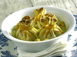 Ricetta: crespelle con pescatrice e salsa di pistacchi