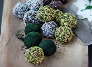 Spirulina energy truffle
