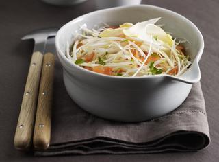 Ricetta: insalata di asparagi bianchi e trota affumicata