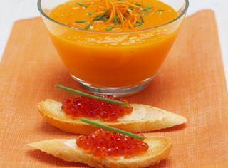 Crema di carote con crostini