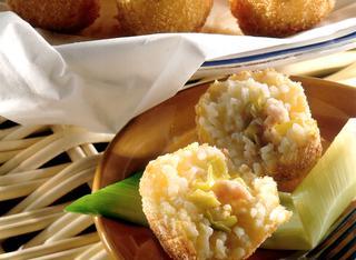 Arancini di riso siciliani con i gamberetti