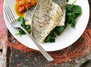 Branzino in padella le 10 migliori ricette for Cucinare branzino