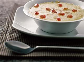 Ricetta: zuppa di porri al formaggio con melagrana