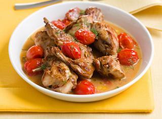 Coniglio in umido con pomodorini e finocchietto
