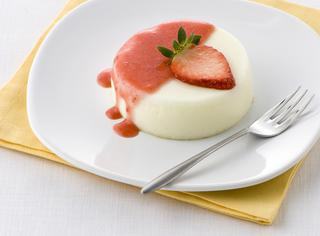 La panna cotta con coulis di fragole