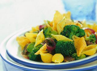 Le conchiglie con broccoletti e cialdine di pecorino