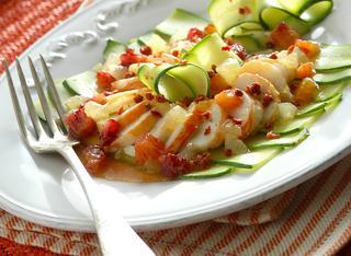 Carpaccio di aragosta con zucchine e agrumi