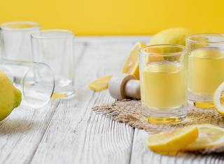 Come preparare il limoncello fatto in casa