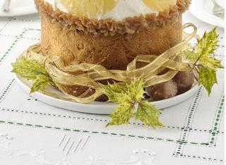 Panettone all'ananas con crema di marroni