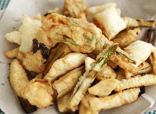 Fritto croccante di verdure e pasta