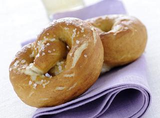 Nodi di pane al sale grosso