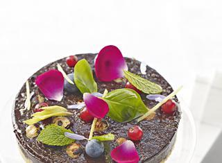 Ricetta: catalana al cioccolato fondente con crumble