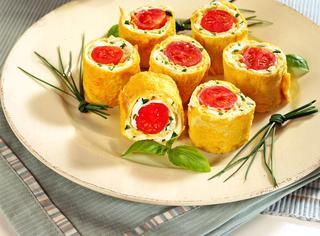 Sushi di frittata e zucchine