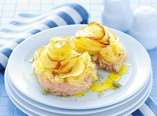Medaglioni di tonno al forno con patate