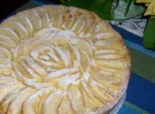 Ricetta: torta di mele e crema al limone