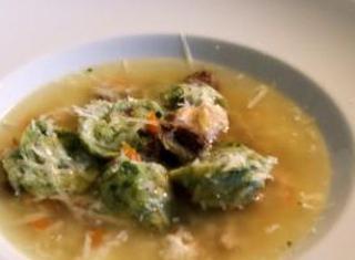 Tortellini con ripieno di aglio selvatico