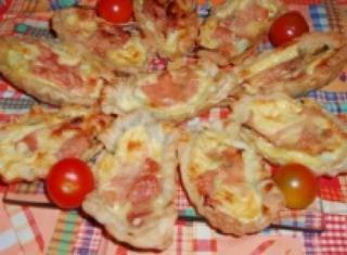Barchette di sfoglia con zucchine