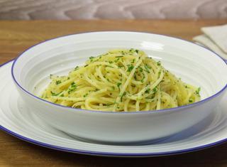 Spaghetti con l'erba cipollina