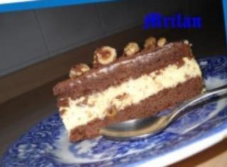 Torta al cioccolato con mousse di amaretti