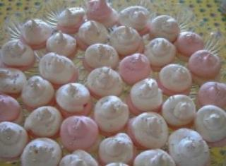 Meringhe al cocco colorate