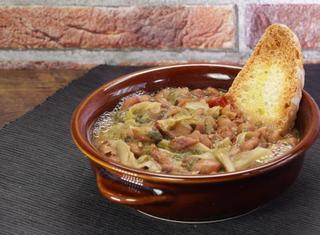 Zuppa di fagioli borlotti e scarole