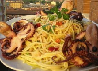 Spaghetti freddi al tonno