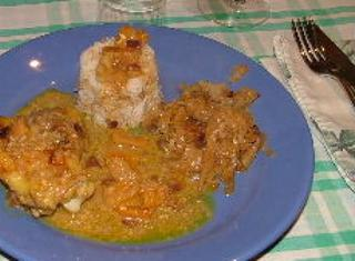 Pollo al curry ed albicocche