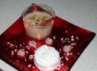 Mousse di ricotta con crema di pere alla cannella