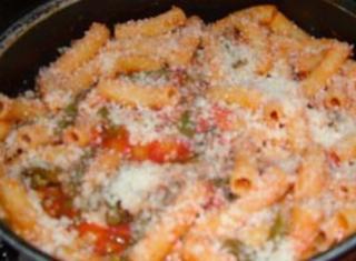 Pasta con salsa e fagiolini (Sicilia)