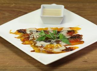 Peperoni arrostiti con bagna cauda leggera
