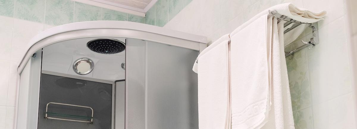 Slik velger du riktig dusj - dusjhjørne eller duskabinett?