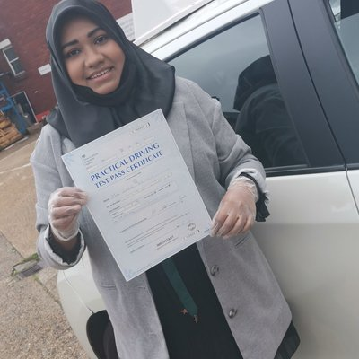 Attiya Iram driving instructor photo