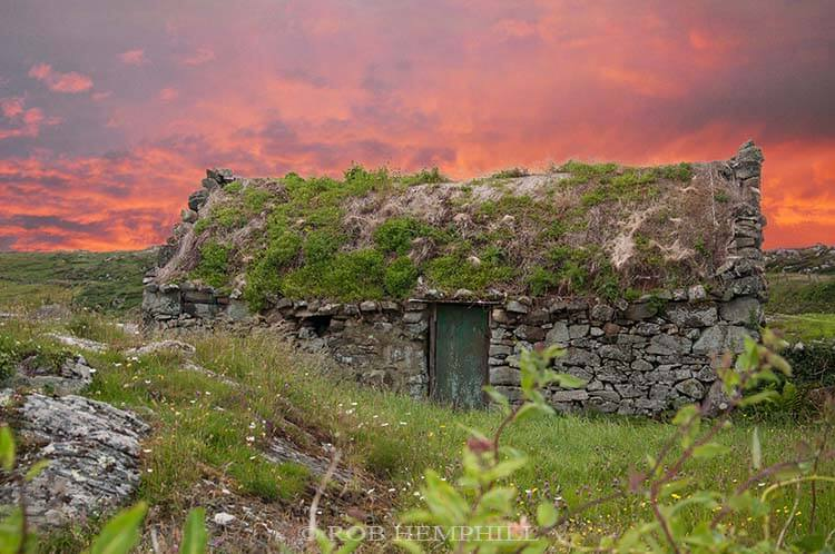 pictures of irish cottages