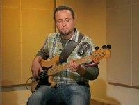 Freak, soittoesimerkki (basso)