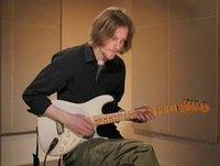 Need love, soittoesimerkki (kitara)