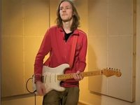 Erilaisten efektien käyttö funk-rock -tyyppisessä musiikissa.