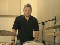 Groove Mersu (Boogaloo), opetus (rummut)