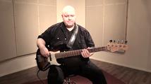 Beat, soittoesimerkki (basso)